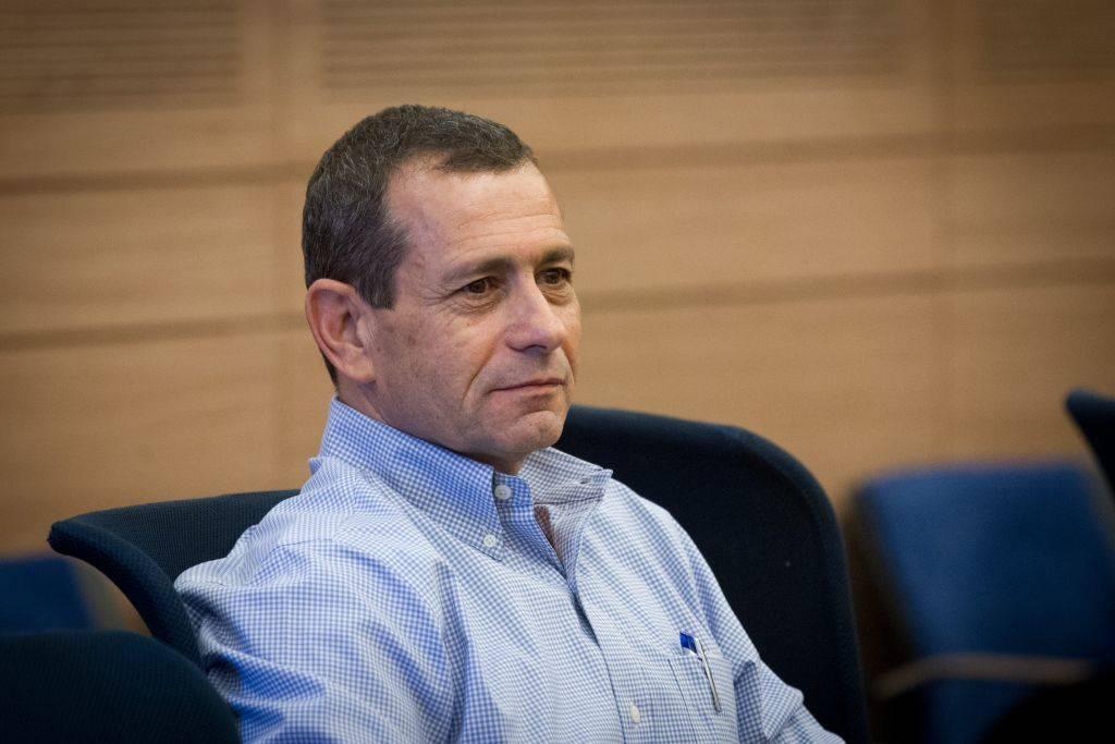Jefe del servicio de seguridad de Shin Bet Nadav Argaman asiste a una reunión del Comité de Asuntos Exteriores y Defensa en la IKnesset, 12 de julio de 2016. (Miriam Alster / FLASH90)