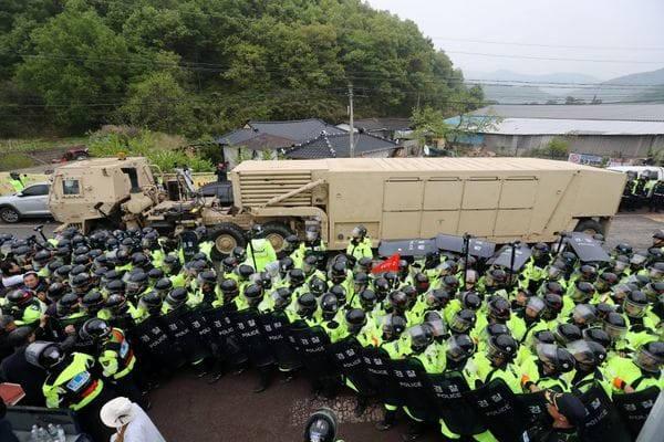 La llegada del THAAD a Corea del Sur fue recibida con protestas de grupos pacifistas(Reuters)