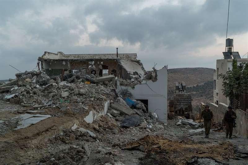 La casa de un terrorista islámico en Judea y Samaria que fue demolida por el ejército israelí el 10 de agosto de 2017. (Fuerzas de Defensa de Israel)