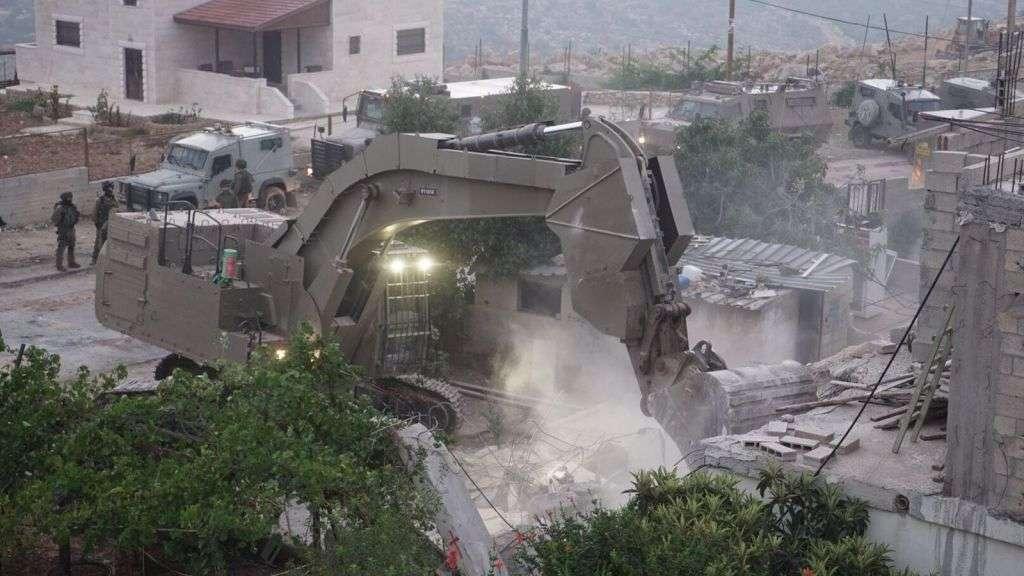 Fuerzas de seguridad de Israel demolieron casa del terrorista de Halamish