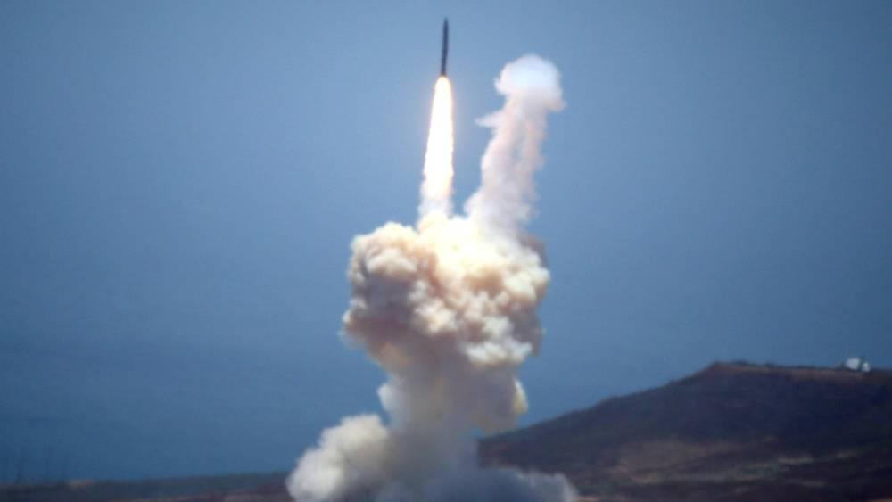 El GMD es, en el papel, el sistema más capaz de Estados Unidos y puede destruir misiles balísticos cuando están en el espacio. Pero su efectividad es del sólo el 50% en pruebas (Reuters)