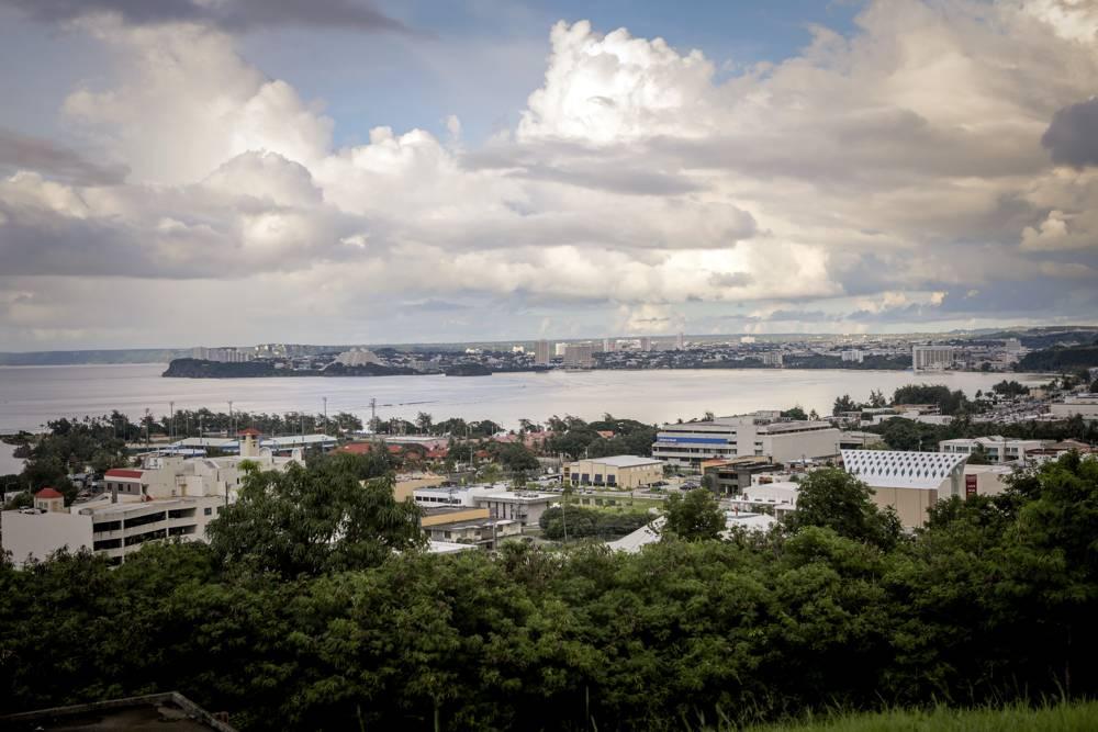 Guam vive momentos de extrema tensión tras convertirse en el blanco natural de Corea del Norte, aunque las autoridades tratan de restarle importancia a la amenaza (AFP)