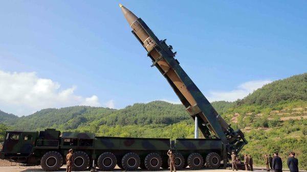 Hwasong-14, el primer misil balístico intercontinental de Corea del Norte (Reuters/KCNA)