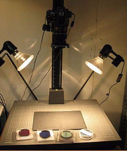 La configuración de la cámara de imágenes multiespectrales utilizada por el equipo interdisciplinario de la Universidad de Tel Aviv. (Cortesía Universidad de Tel Aviv)