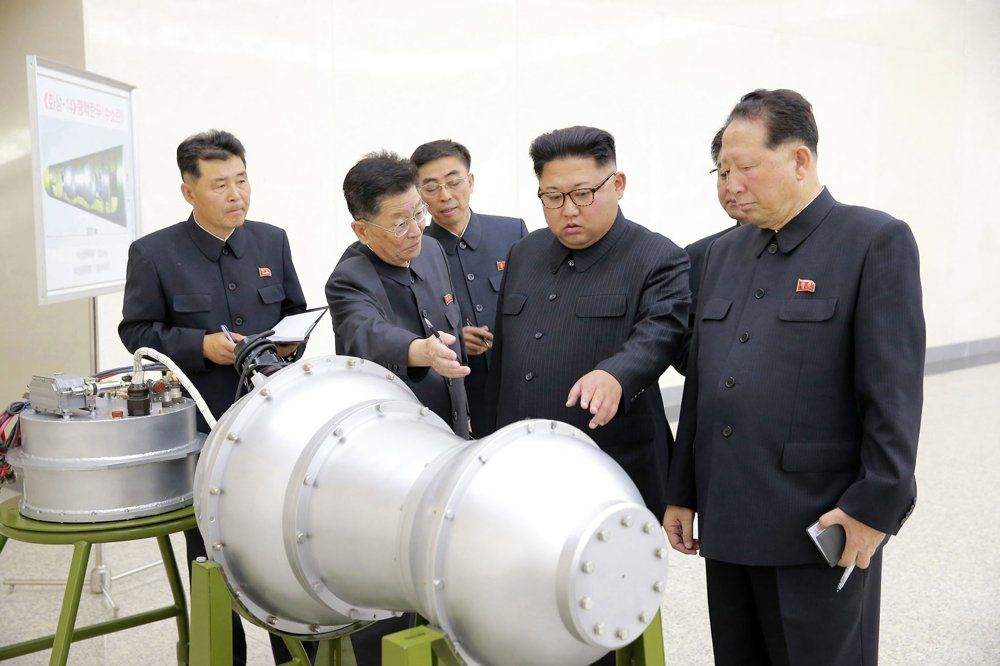 Corea del Norte mostró la bomba H para su misil intercontinental