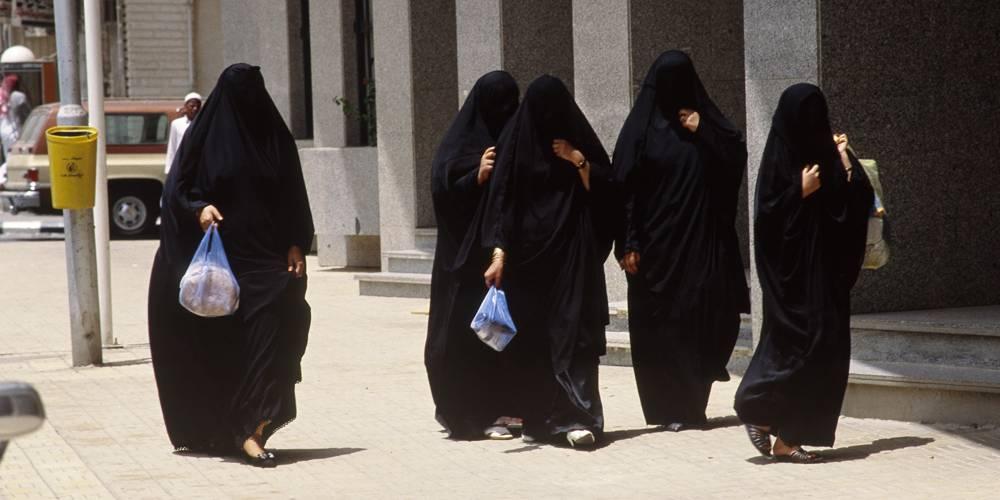 Las ocho cosas que las mujeres todavía no pueden hacer en Arabia Saudita