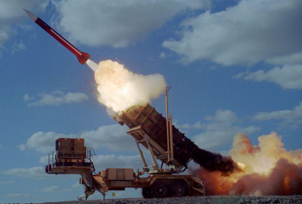 Arabia Saudita intercepta cuatro misiles huzíes desde Yemen