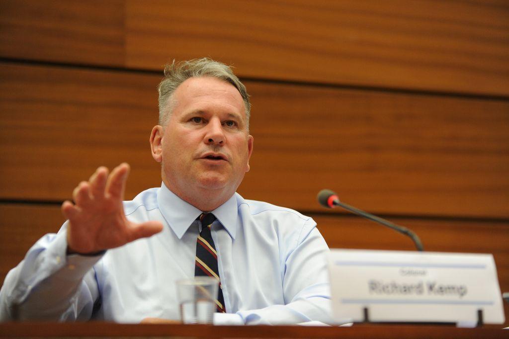 El Coronel Richard Kemp habla en el Consejo de Derechos Humanos de la ONU en Ginebra, 29 de junio de 2015 (cortesía de UN Watch / Oliver O'Hanlon)