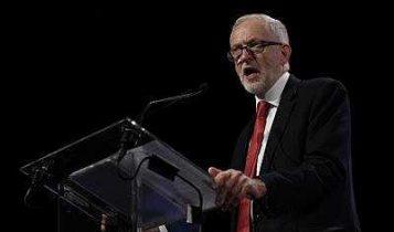 El líder del Partido Laborista británico Jeremy Corbyn durante una reunión del Partido de los Socialistas Europeos en Bruselas, el 19 de octubre de 2017. (AFP Photo / John Thys)