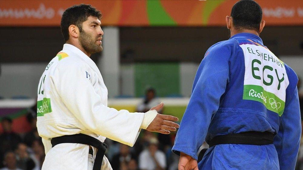 Prohíben a judokas israelíes llevar la bandera de Israel en torneo en Abu Dhabi