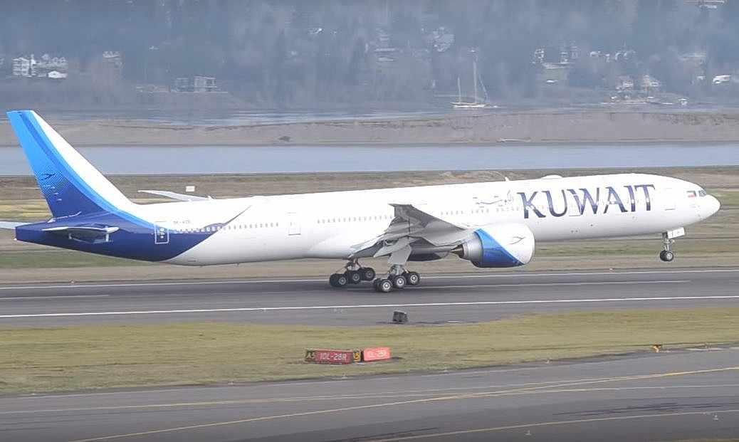 Ilustrativo: Captura de pantalla del vídeo de un avión de Kuwait Airways que despega. (YouTube / LAXSPOTTER97)