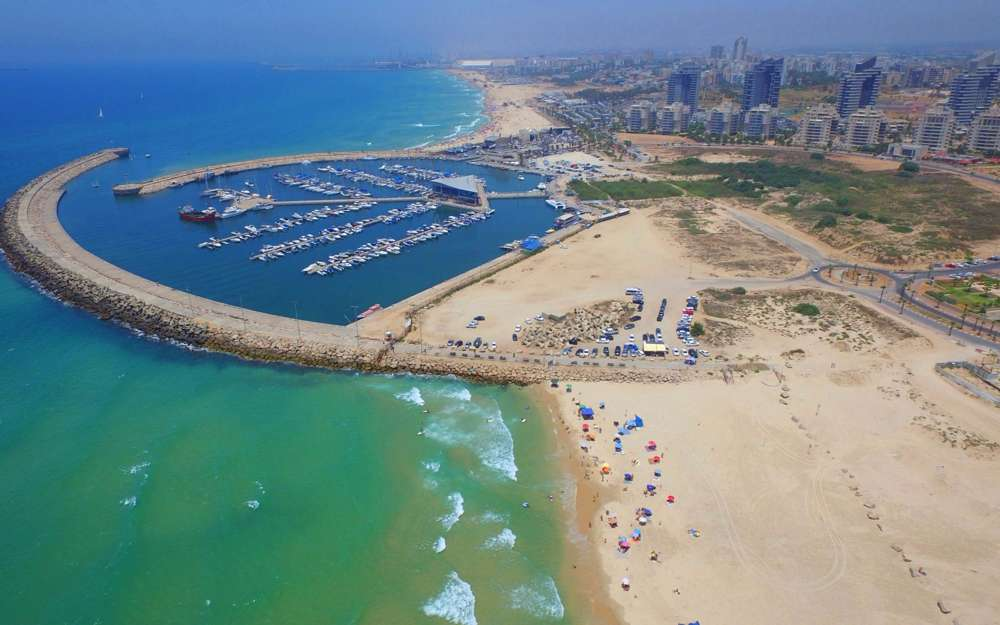 La ciudad portuaria de Ashdod (Adi Israel)