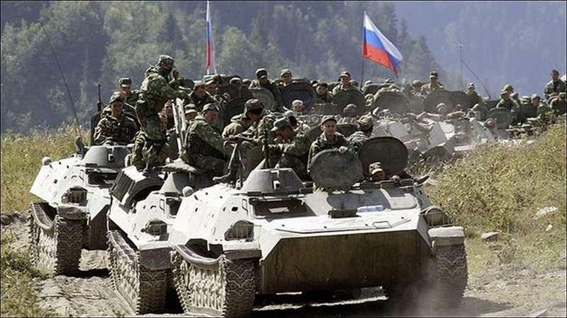 Tropas rusas en Siria, donde Moscú y Teherán cooperan en apoyo del régimen sirio