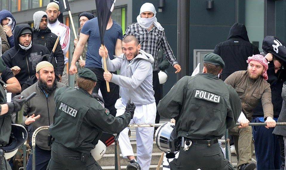 """Estudio: """"El antisemitismo desenfrenado entre los refugiados musulmanes en Alemania"""""""