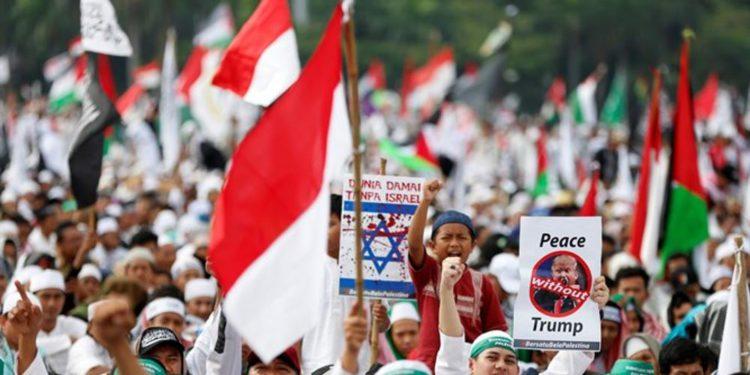 Decenas de miles se unen contra Israel en Indonesia