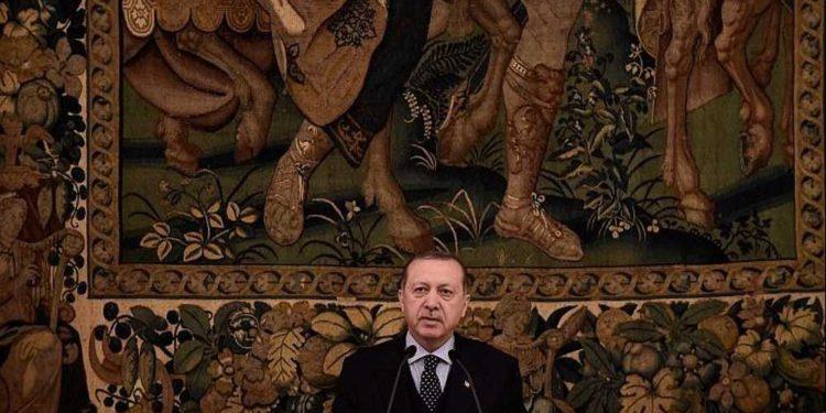 Erdogan y Macron acuerdan presionar a Trump para revertir su reconocimiento sobre Jerusalém