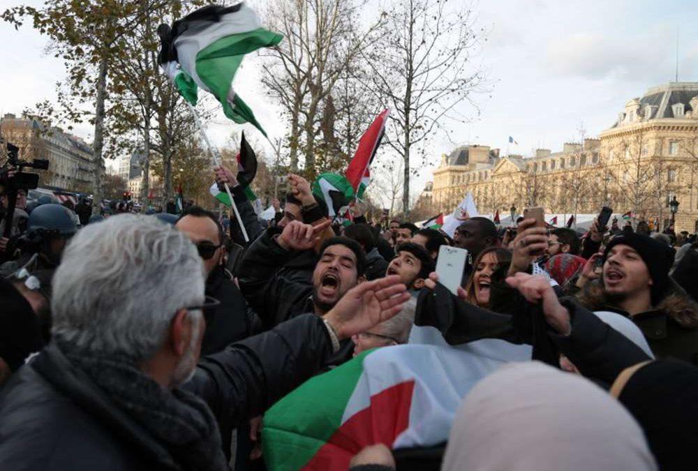 Protestas anti Israel en París un día antes de la visita de Netanyahu