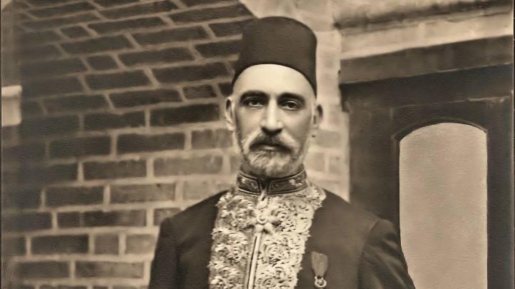 Sir Sassoon Eskell, un judío Baghdadi que se desempeñó como primer ministro de finanzas de Iraq y fue un jugador clave en la fundación del primer reino. (Cortesía: wikipedia)