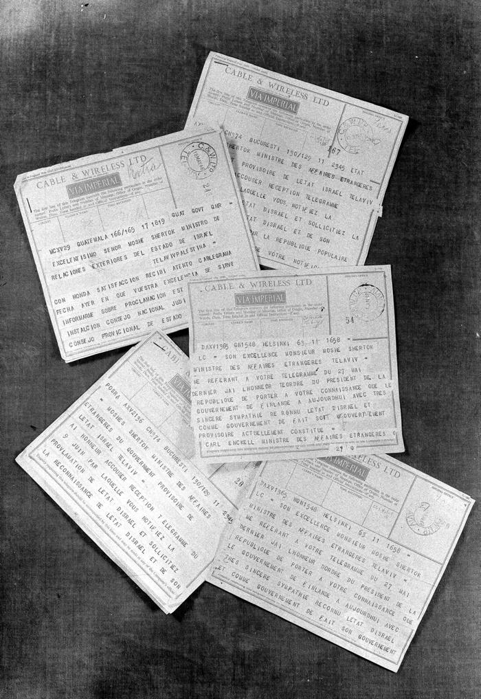 Telegramas de reconocimiento del Estado de Israel enviados por Guatemala, Finlandia y Rumania (cortesía de GPO)