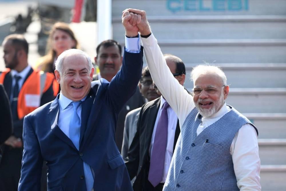 El primer ministro de la India sorprende a Netanyahu en el aeropuerto de Delhi