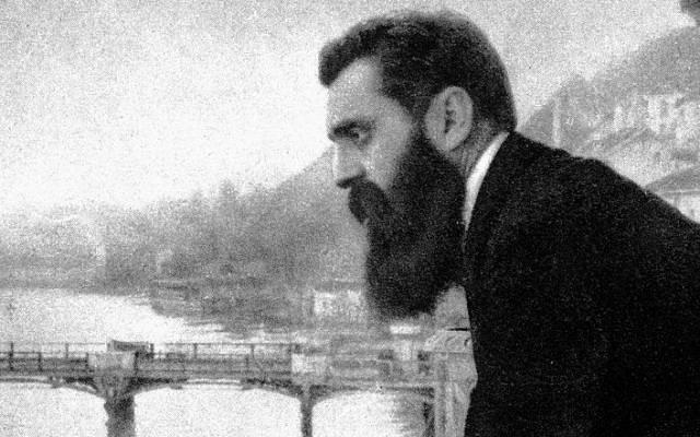 Famoso retrato de Theodor Herzl en el balcón del Hotel Les Trois Rois en Basilea, Suiza (crédito de la foto: CC-PD-Mark, por Wikigamad, Wikimedia Commons)