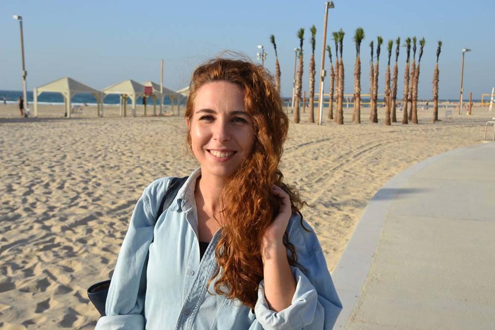 La española Marta, de Cádiz, conoció en un taxi a su novio, Aviv