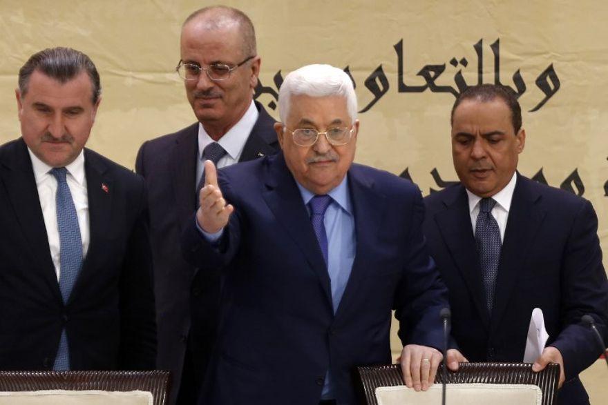 """Abbas: """"Nuestras manos se extienden contra el terror en todo lugar del mundo"""""""