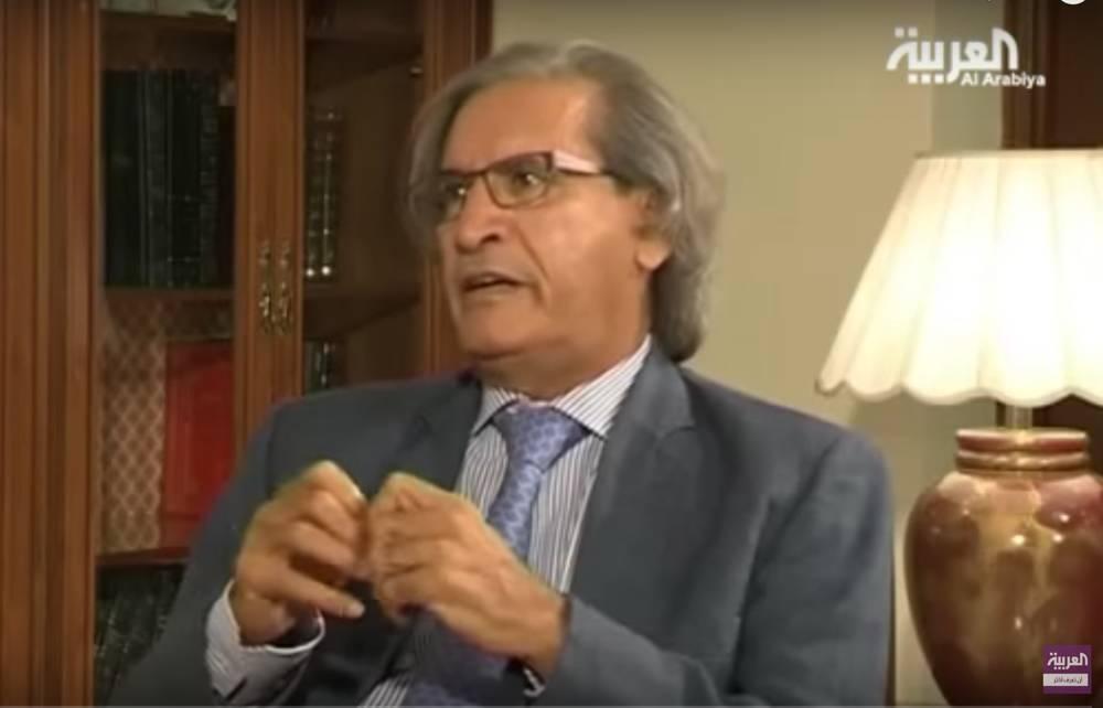 El editor de Elaph, Othman Al Omeir, que según los informes está cerca del rey saudí Salman (captura de pantalla de YouTube)