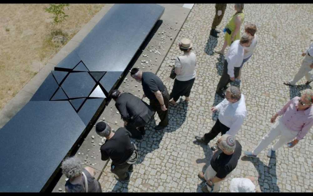El monumento a las víctimas del pogromo Kielce.(Captura de pantalla, cortesía)