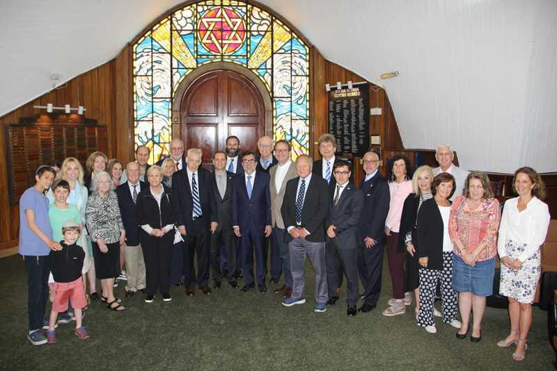 Miembros de una misión de la sinagoga a Guatemala en una sinagoga local, 26 de enero de 2018 (Ilan Kottler)