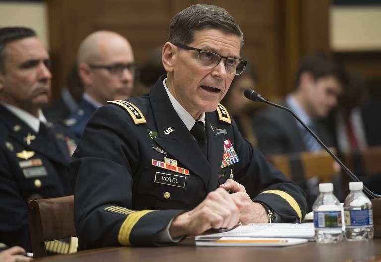 General del ejército estadounidense Joseph Votel, comandante del Comando Central de EE.UU., Testifica durante una audiencia del Comité de Servicios Armados de la Cámara en el Capitolio en Washington, DC, el 27 de febrero de 2018. (AFP / SAUL LOEB)