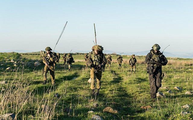 Los soldados de combate israelíes participan en un ejercicio en el norte de Israel. (Fuerzas de Defensa de Israel)