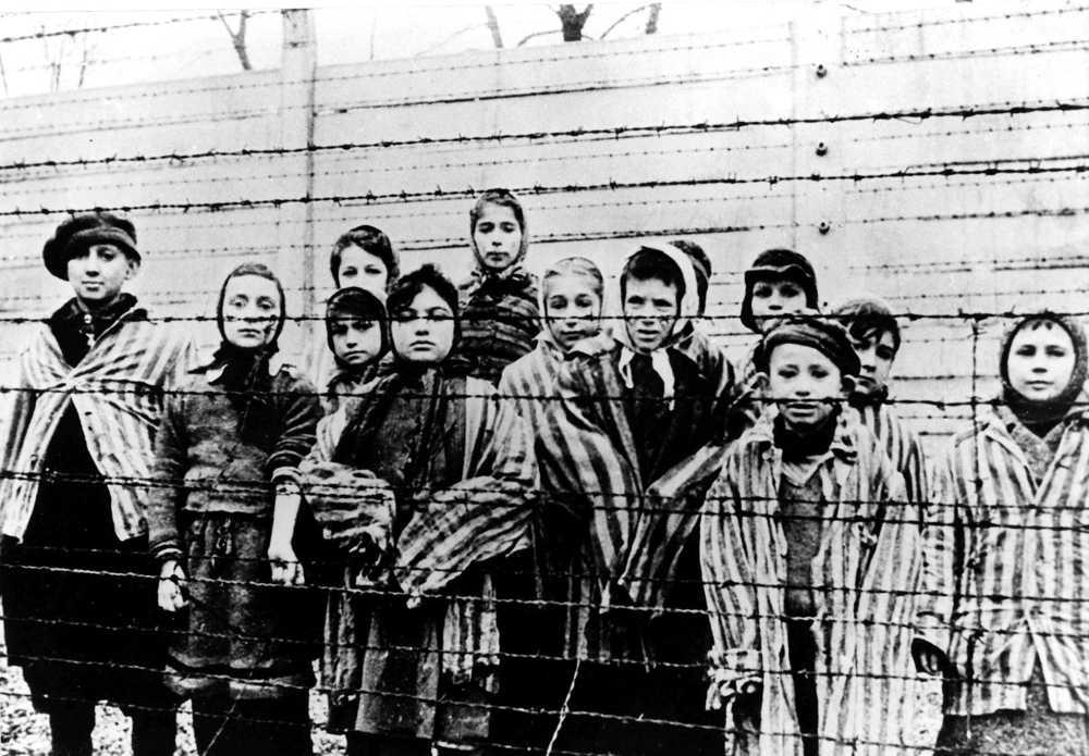 Israel condena la aprobación de la ley polaca sobre el Holocausto