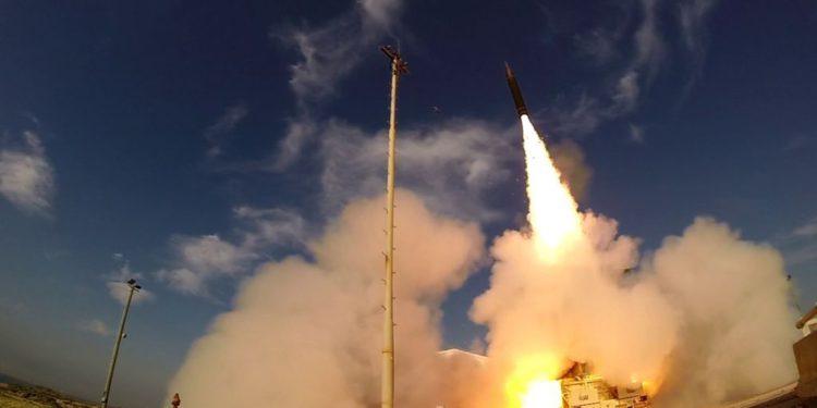 Israel prueba el interceptor de misiles de largo alcance Arrow 3