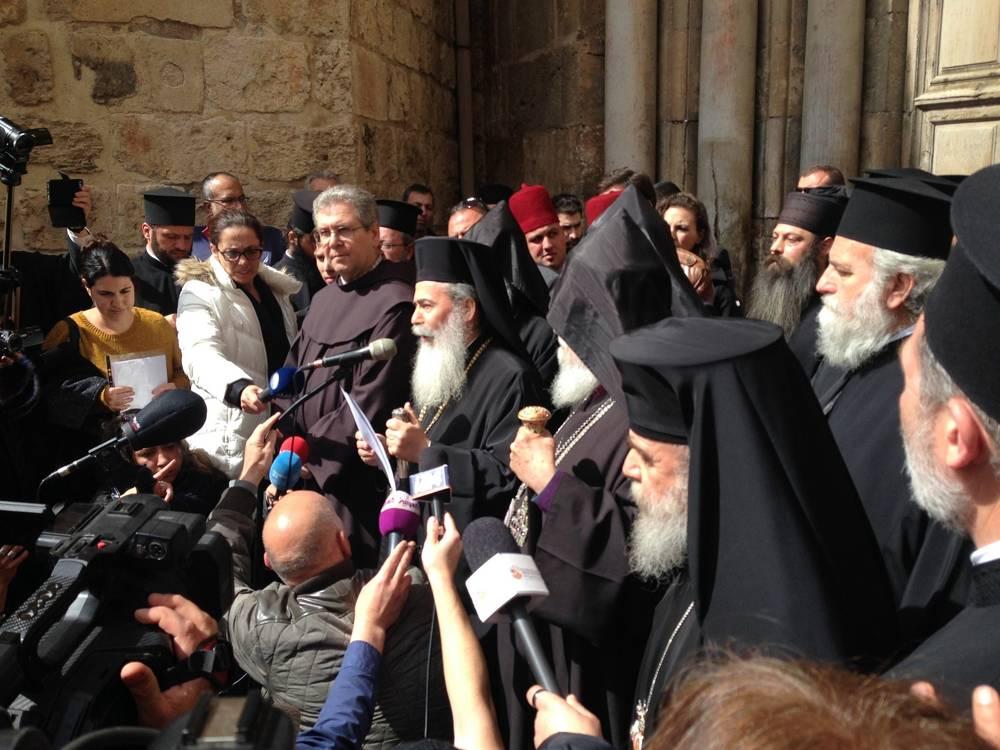 Intensificando la protesta contra Israel, líderes de la iglesia cierran el Santo Sepulcro