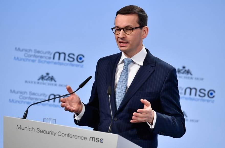 """Primer ministro de Polonia: """"los judíos también perpetraron el Holocausto"""" - Mateusz Morawiecki"""