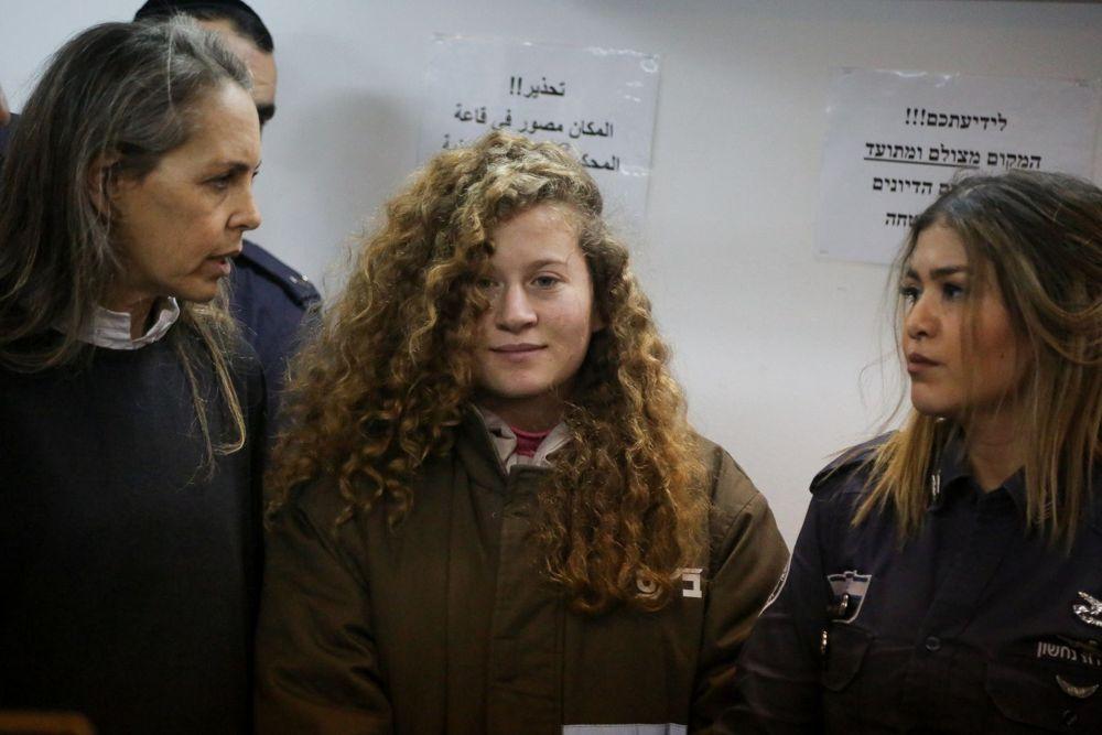 Gran Bretaña critica a Israel tras sentencia de violenta joven árabe Ahed Tamimi