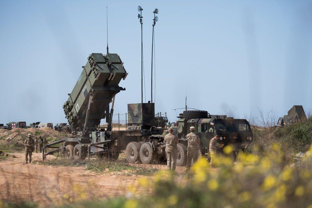 Las tropas estadounidenses e israelíes despliegan una batería de defensa de misiles Patriot durante el ejercicio de defensa aérea Juniper Cobra 2018 en marzo de 2018. (Fuerzas de Defensa de Israel)