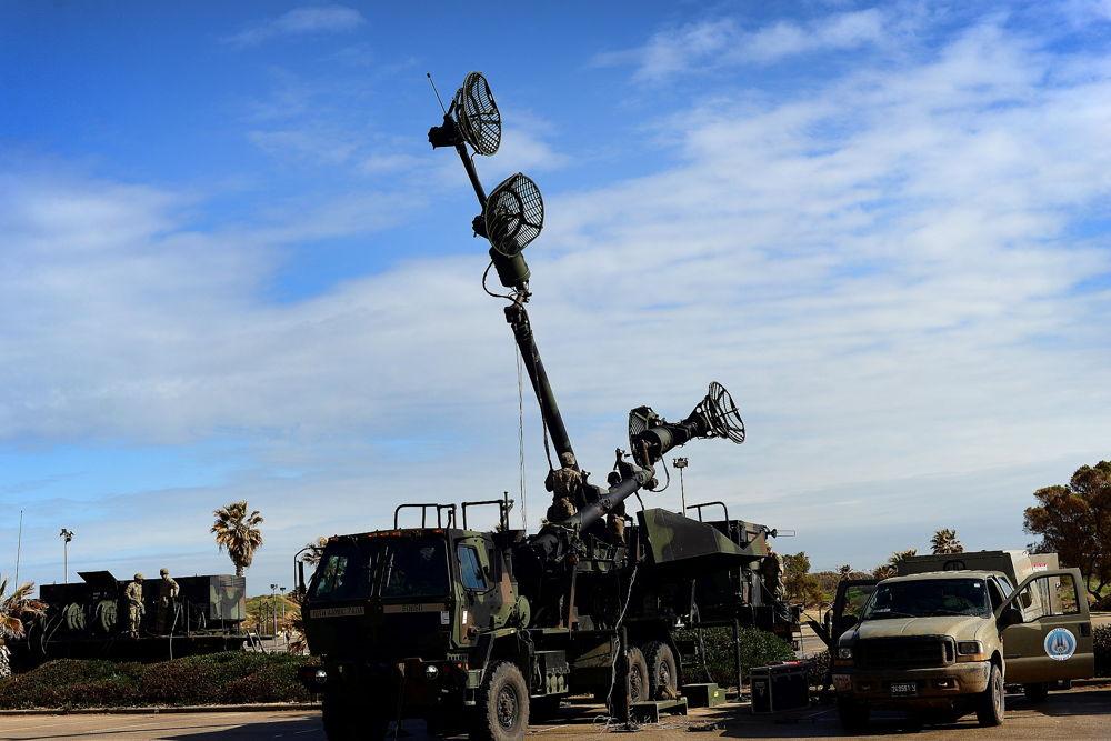 Las tropas estadounidenses e israelíes despliegan una red de radares durante el ejercicio de defensa aérea Juniper Cobra 2018 en marzo de 2018. (Ejército de EE.UU.)
