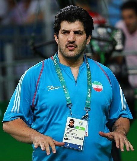 Rasoul Khadem, jefe de la federación de lucha libre de Irán que renunció a su puesto el 28 de febrero de 2018, es visto durante las Olimpiadas de Verano 2016.(CC-BY-4.0 Tasnim News Agency / Wikipedia)