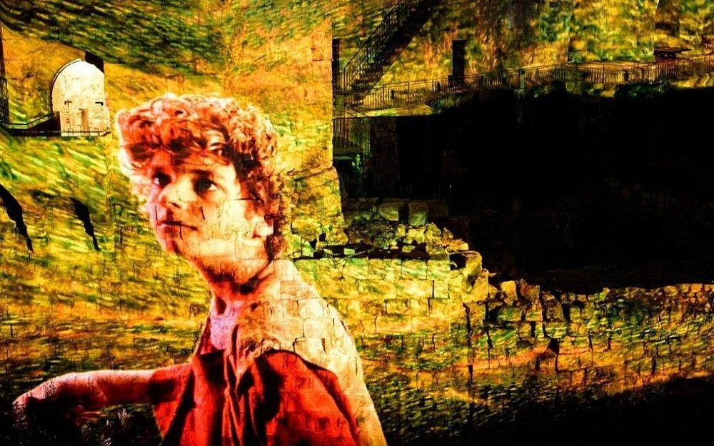 Detalle de una escena que representa a un joven David. Exposición Nocturna Rey David, marzo de 2018 (Naftali Hilger)