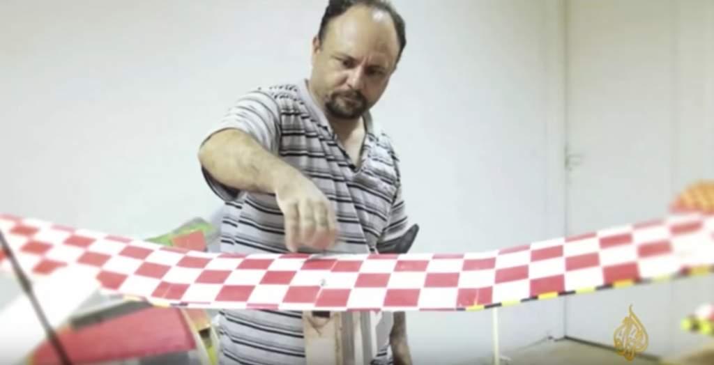 El ingeniero de drones tunecino Mohammed Alzoari, miembro de Hamas.(Captura de pantalla: Aljazeera / YouTube)