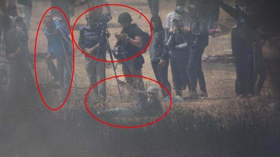 Terroristas palestinos colocan explosivo en la valla de seguridad