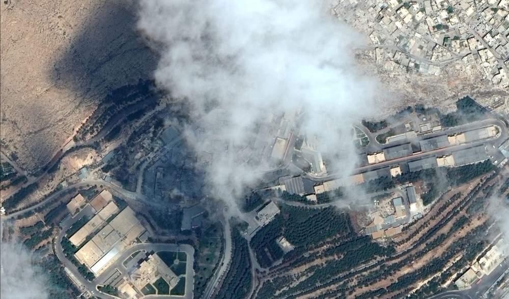 Una imagen de satélite que muestra el Centro de Investigación y Desarrollo de Barzah después de ser golpeado por las operaciones de la coalición y los Estados Unidos en Damasco, Siria, el 14 de abril de 2018.\ HANDOUT / REUTERS