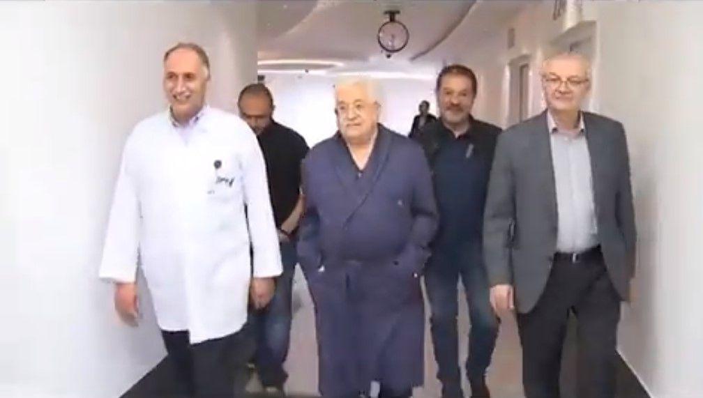 Mahmoud Abbas con neumonía, su situación mejora según informes