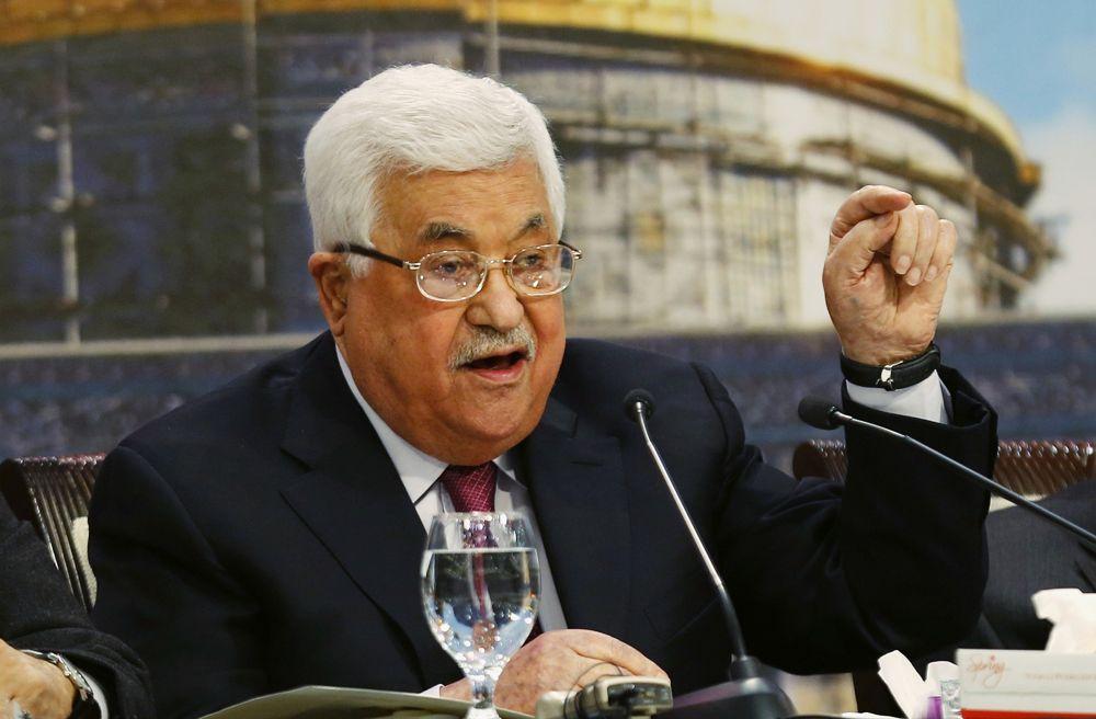 El presidente de la Autoridad Palestina, Mahmoud Abbas habla durante una reunión del Consejo Nacional Palestino en su sede en la ciudad de Ramallah, el lunes 30 de abril de 2018. (AP / Majdi Mohammed)