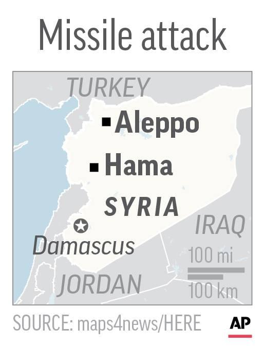 El mapa localiza Alepo y Hama en Siria, cerca de los puestos avanzados militares al que apuntaron los misiles, el 29 de abril de 2018. (AP)