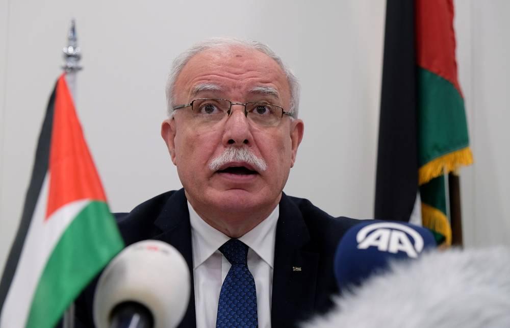 El ministro de Asuntos Exteriores de la AP, Riad Malki, habla durante una conferencia de prensa en la Corte Penal Internacional el martes 22 de mayo de 2018. (AP Photo / Mike Corder)