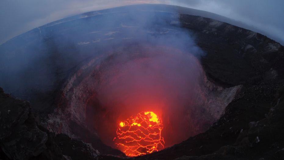 El volcán Kilauea visto desde el aire (Reuters)
