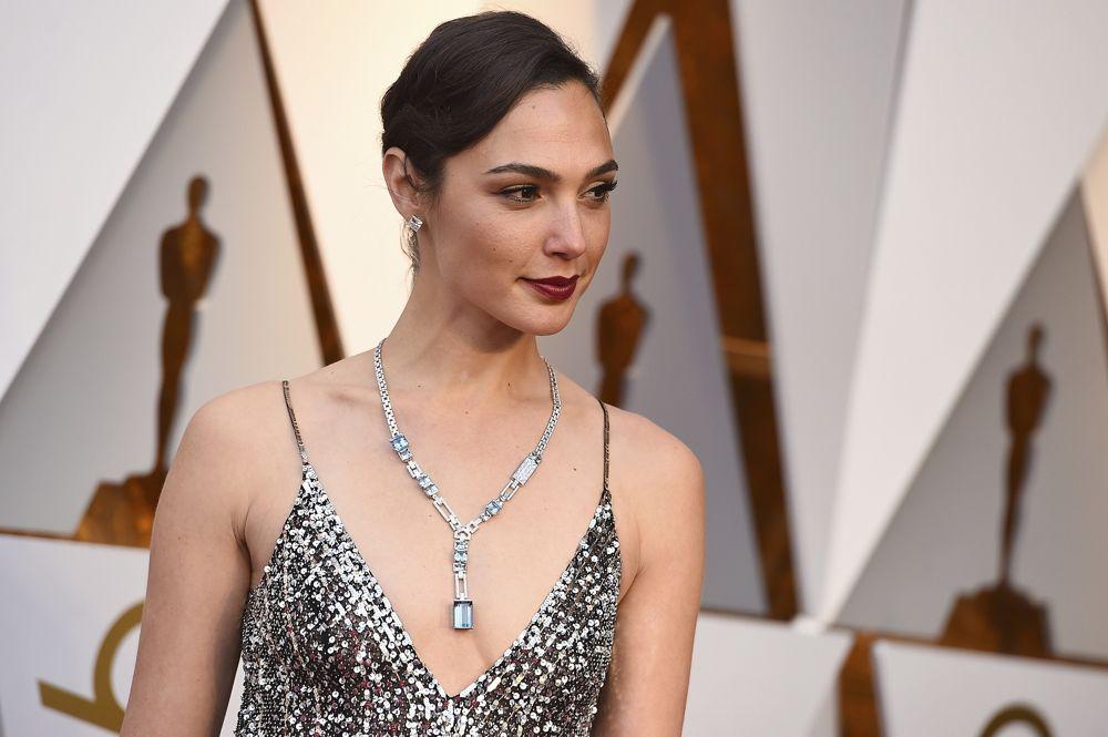 Gal Gadot en los Oscar el 4 de marzo de 2018 en el Dolby Theatre de Los Ángeles.(Jordan Strauss / Invision / AP)
